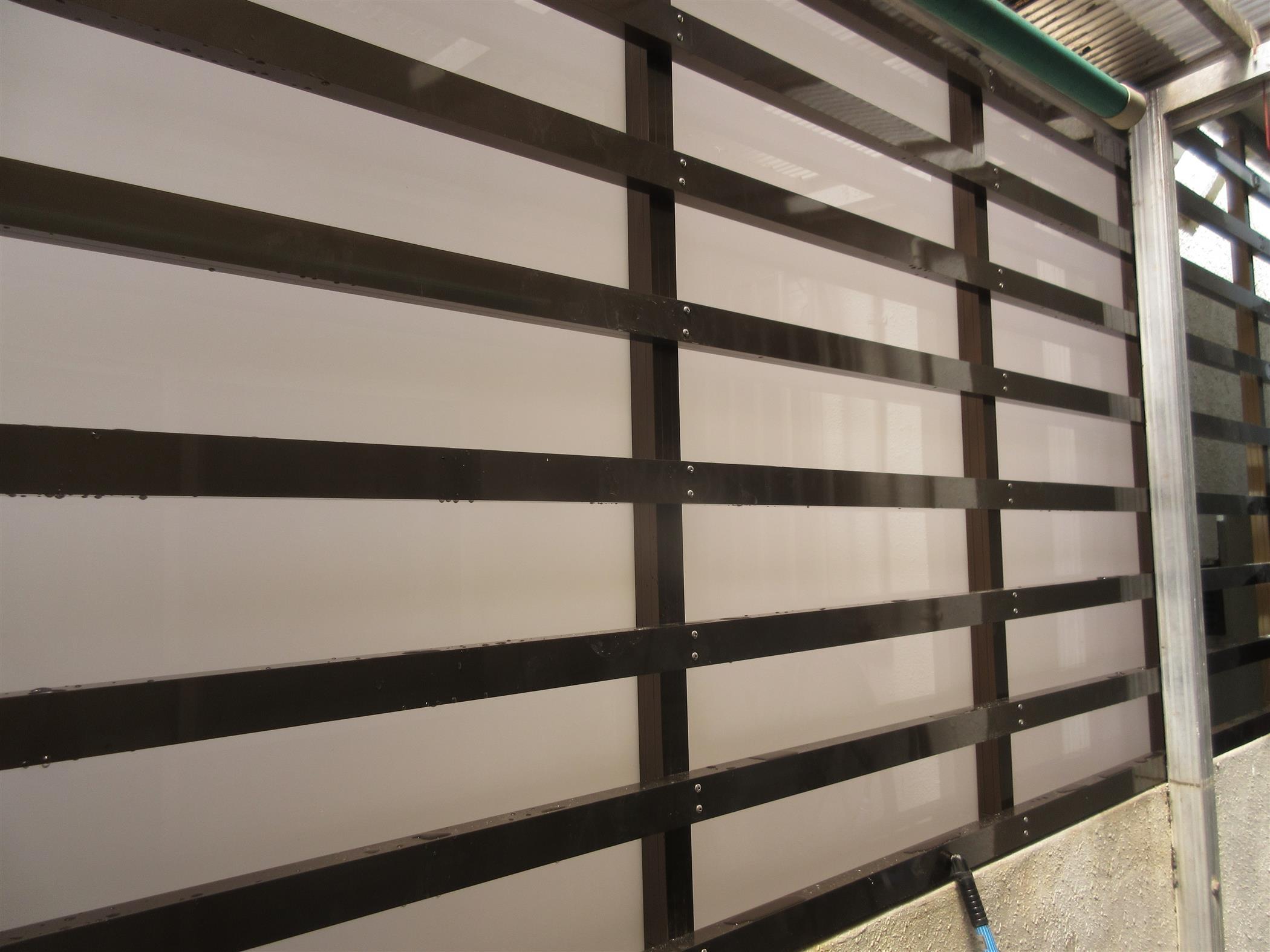 目隠しフェンス設置工事(リフォーム施工事例)を公開しました。   沖縄や那覇でリフォームするなら【株式会社 あうん工房】