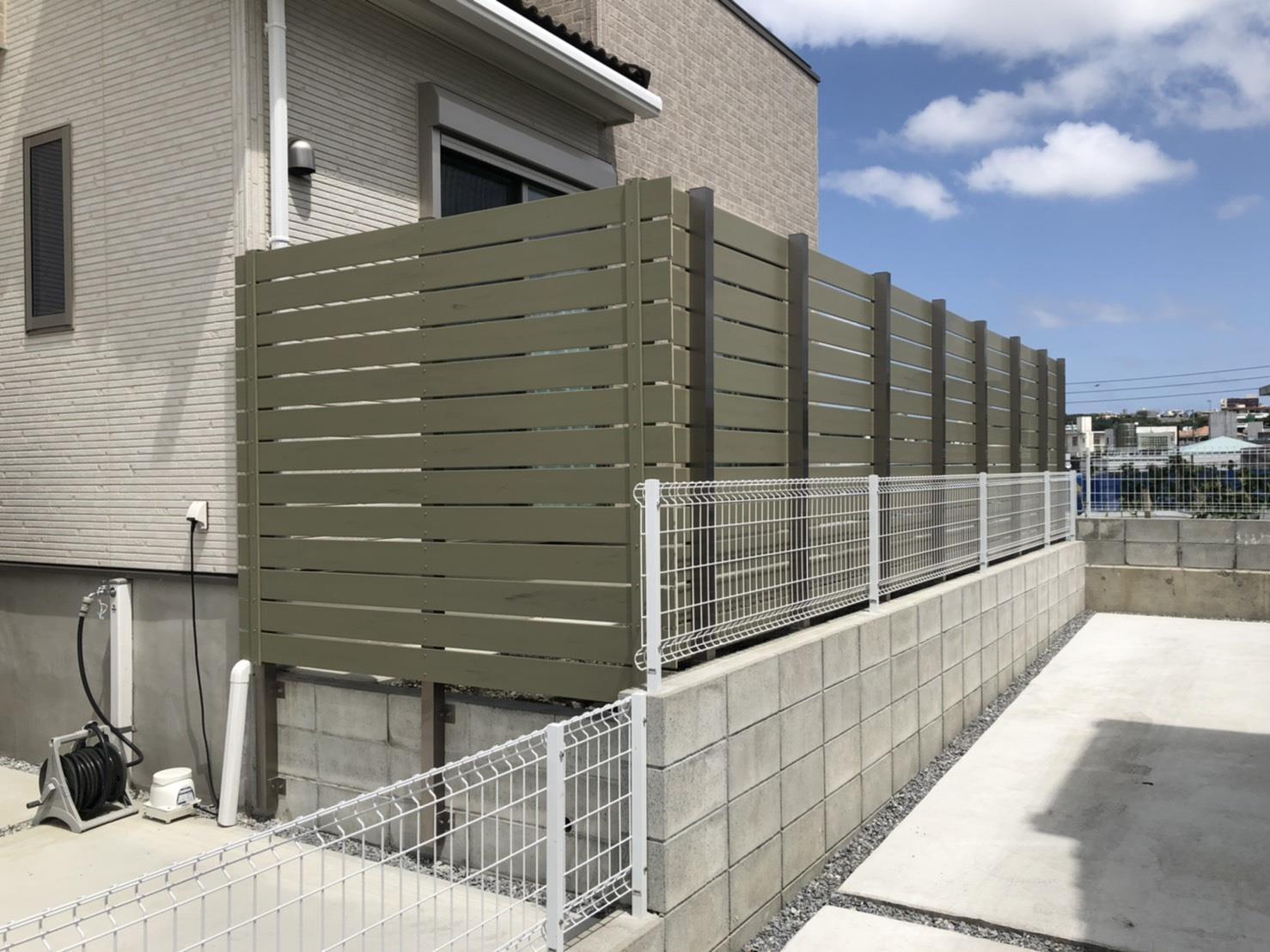 目隠しフェンス設置(リフォーム施工事例)を公開しました。 | 沖縄や那覇でリフォームするなら【株式会社 あうん工房】
