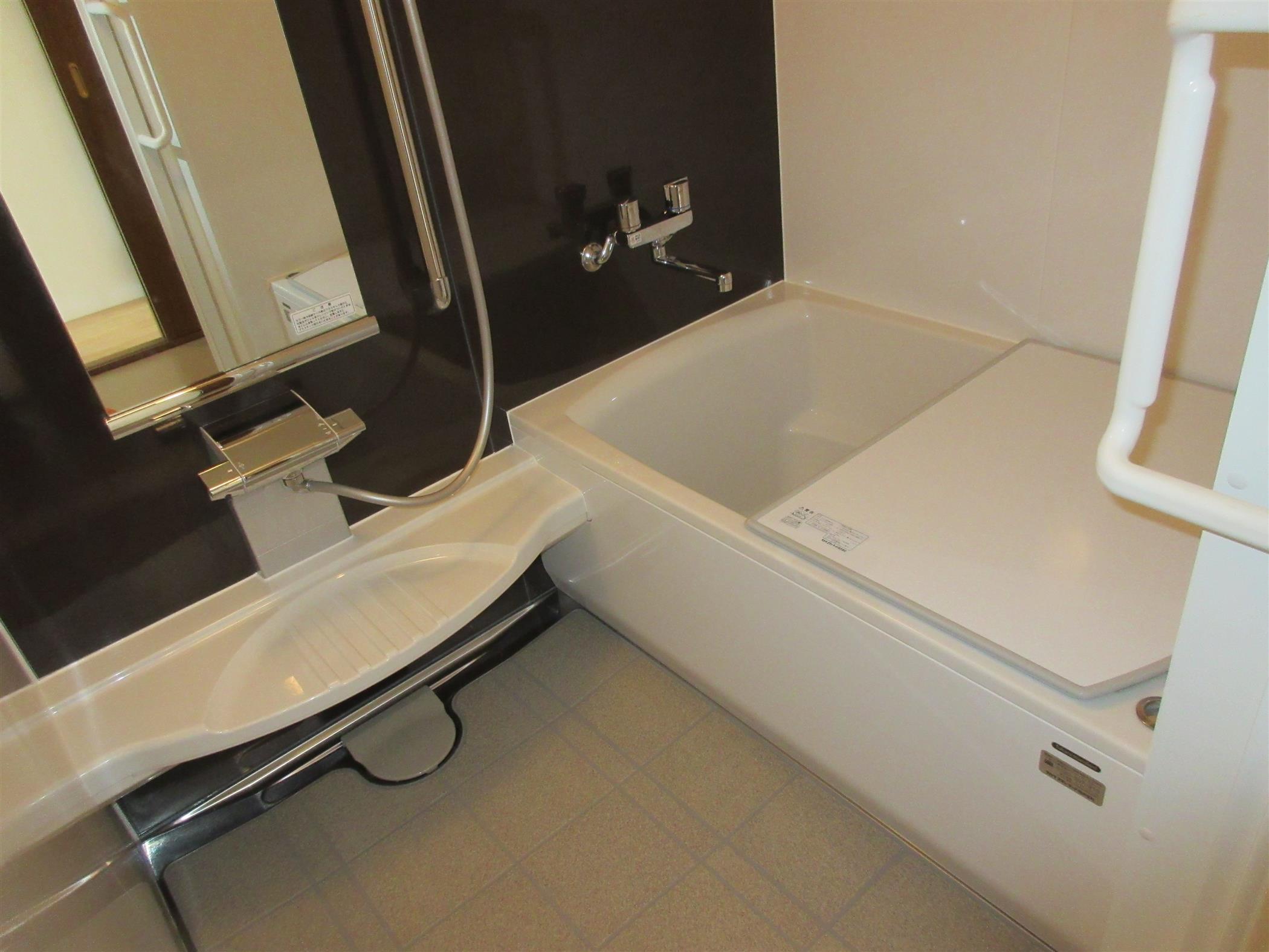 マンションの浴室リフォーム(リフォーム施工事例)を公開しました。   沖縄や那覇でリフォームするなら【株式会社 あうん工房】